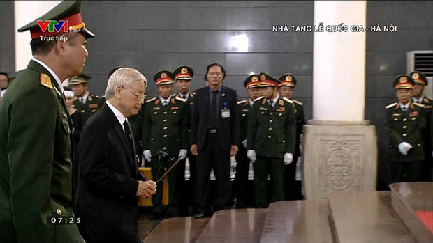 Lễ viếng Chủ tịch nước Trần Đại Quang - Ảnh 10.