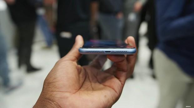iPhone XR được dự đoán bán chạy hơn cả XS và XS Max - Ảnh 12.