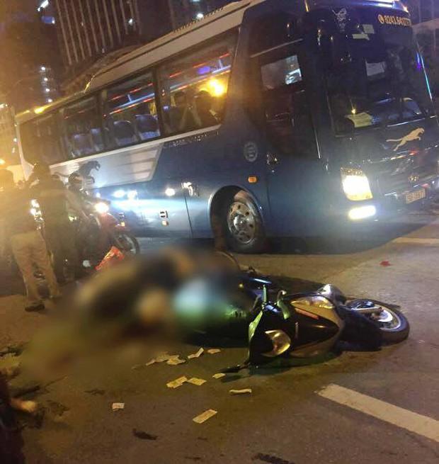 Đường Lê Văn Lương: Thanh sắt giàn giáo rơi khiến 1 phụ nữ thiệt mạng- Ảnh 2.