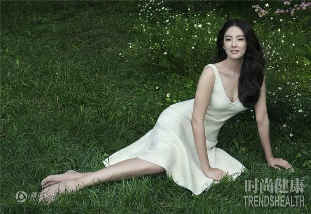 Song Hye Kyo Trung Quốc: Nhan sắc trời ban cùng body nóng bỏng không cứu được 2 cuộc hôn nhân ê chề - Ảnh 8.