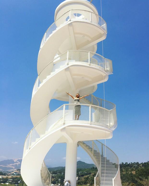 Nấc thang lên thiên đường: Địa điểm check-in mới toanh cực ảo diệu nằm ngay tại Nha Trang - Ảnh 3.