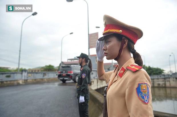 Chủ tịch nước Trần Đại Quang trở về đất mẹ - Ảnh 29.