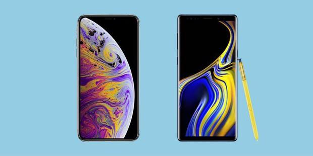 So găng iPhone XS Max và Galaxy Note 9: Cuộc đấu gay gắt của các ông hoàng smartphone - Ảnh 1.
