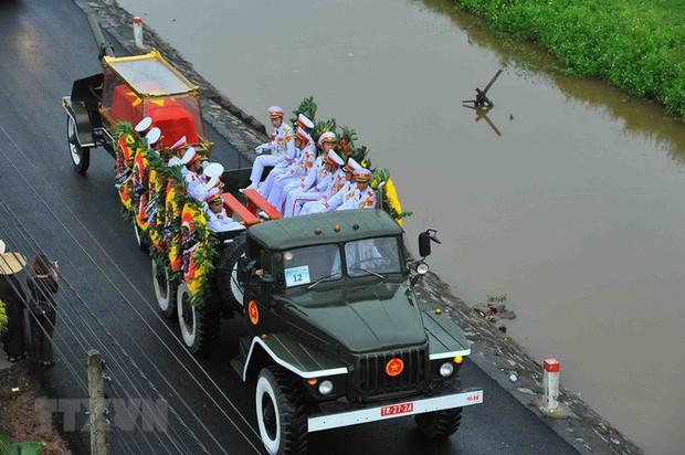 Chủ tịch nước Trần Đại Quang trở về đất mẹ - Ảnh 42.