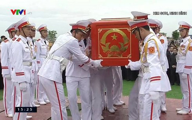 Chủ tịch nước Trần Đại Quang trở về đất mẹ - Ảnh 52.