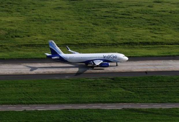 Ấn Độ: Hành khách say rượu chạy vào buồng lái máy bay để sạc điện thoại - Ảnh 1.