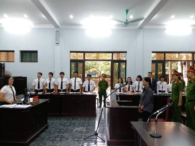 Trả hồ sơ vụ Y sĩ làm lây nhiễm bệnh sùi mào gà cho 103 cháu nhỏ ở Hưng Yên - Ảnh 3.
