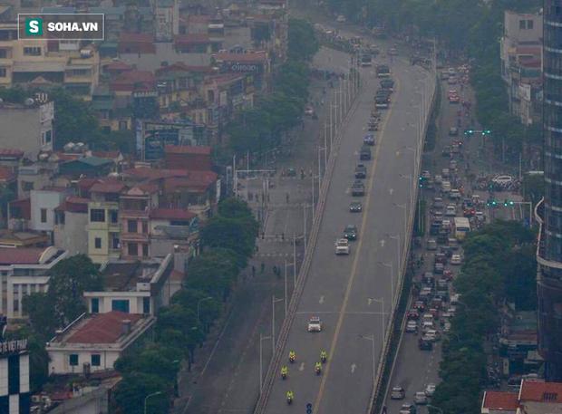 Hành trình linh xa đưa Chủ tịch nước Trần Đại Quang qua các ngõ phố Hà Nội để về quê nhà - Ảnh 23.