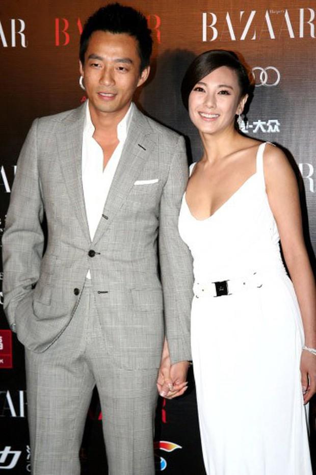 Song Hye Kyo Trung Quốc: Nhan sắc trời ban cùng body nóng bỏng không cứu được 2 cuộc hôn nhân ê chề - Ảnh 12.