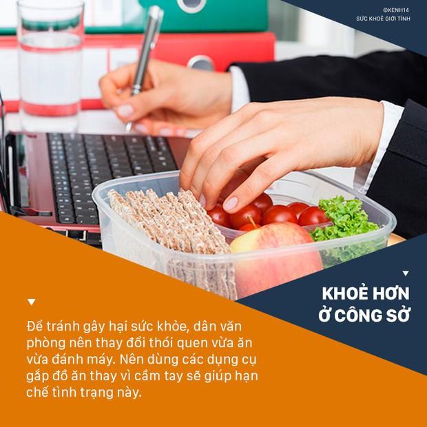 Dân văn phòng hay ăn vặt nhớ né những thói quen sau kẻo gây hại sức khỏe - Ảnh 1.