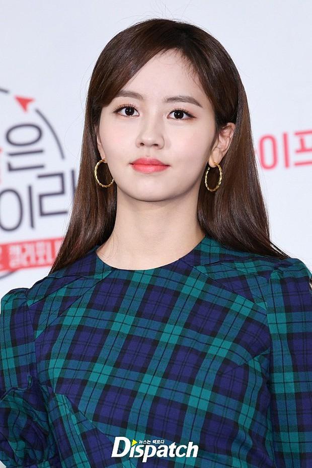 Lâu lâu mới lộ diện, sao nhí Mặt trăng ôm mặt trời một thời Kim So Hyun giờ đã đẹp và quyến rũ lắm rồi - Ảnh 8.
