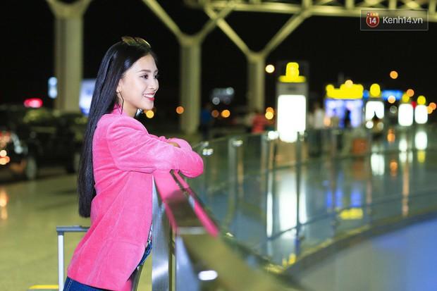 Hoa hậu Tiểu Vy rạng rỡ tại sân bay trước khi lên đường sang Paris dự sự kiện ra mắt ô tô VINFAST - Ảnh 5.