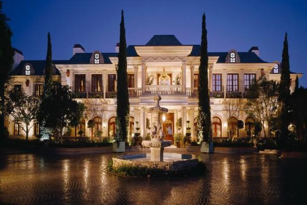 Loạt cung điện khổng lồ gây choáng ngợp của các ông vua bà hoàng Hollywood: Biệt thự cuối từng giữ ngôi đắt nhất nước Mỹ! - Ảnh 17.