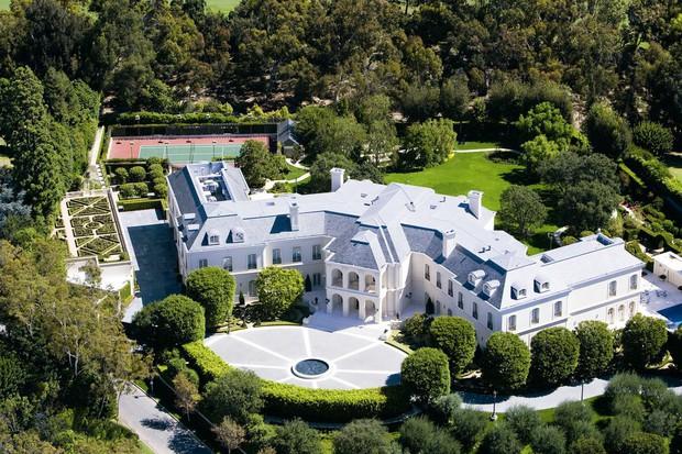 Loạt cung điện khổng lồ gây choáng ngợp của các ông vua bà hoàng Hollywood: Biệt thự cuối từng giữ ngôi đắt nhất nước Mỹ! - Ảnh 24.