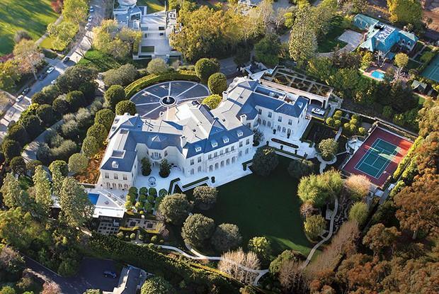 Loạt cung điện khổng lồ gây choáng ngợp của các ông vua bà hoàng Hollywood: Biệt thự cuối từng giữ ngôi đắt nhất nước Mỹ! - Ảnh 28.