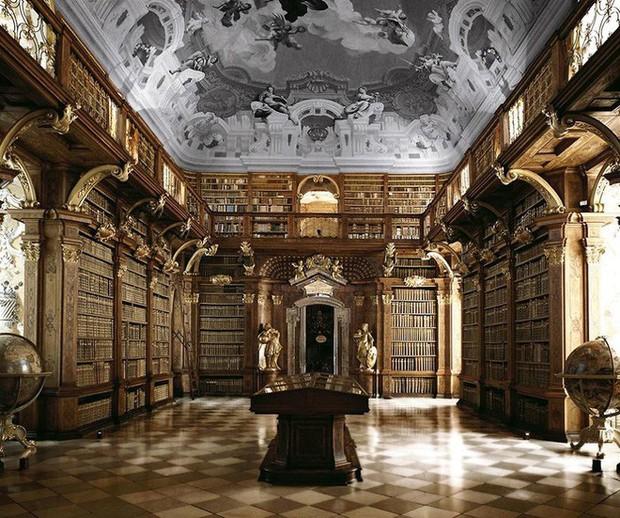 Nhiếp ảnh gia người Ý thực hiện cuộc hành trình đi tìm thư viện đẹp nhất thế giới, và đây là những gì anh ấy ghi lại được - Ảnh 19.