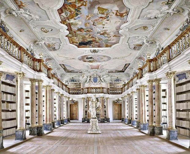 Nhiếp ảnh gia người Ý thực hiện cuộc hành trình đi tìm thư viện đẹp nhất thế giới, và đây là những gì anh ấy ghi lại được - Ảnh 20.