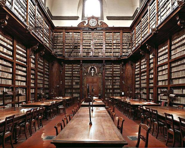 Nhiếp ảnh gia người Ý thực hiện cuộc hành trình đi tìm thư viện đẹp nhất thế giới, và đây là những gì anh ấy ghi lại được - Ảnh 13.