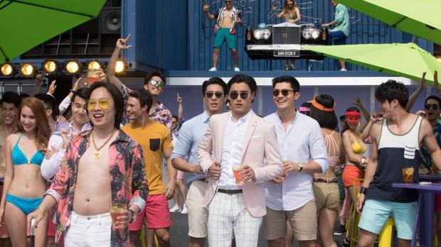 Mission: Impossible 6 thắng lớn tại Đại Lục, Crazy Rich Asians chiếm trọn ngôi vương phòng vé Mỹ - Ảnh 3.