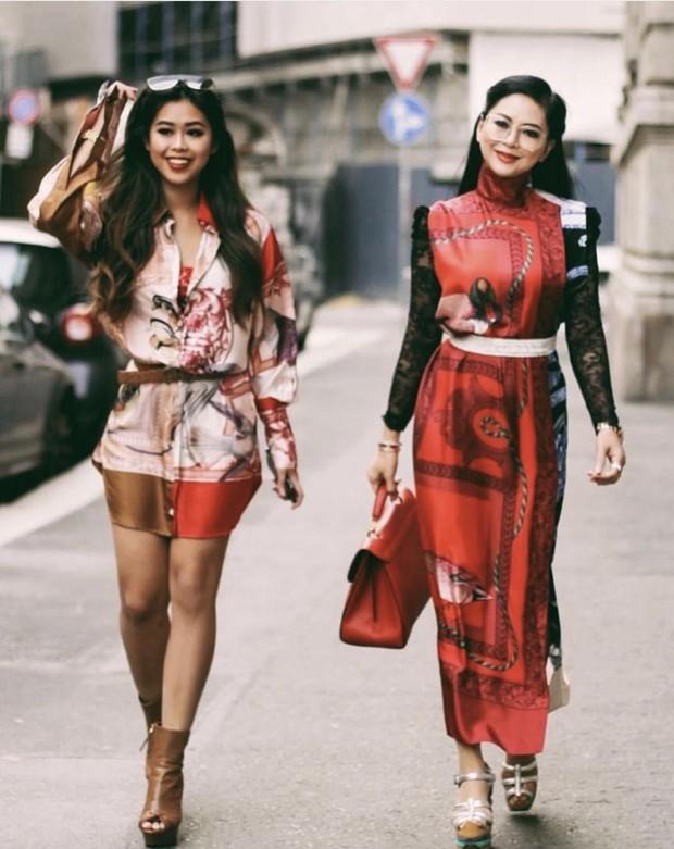 Mẹ chồng và em chồng Hà Tăng hẳn là những người chạy show gắt nhất Milan Fashion Week mùa này - Ảnh 1.