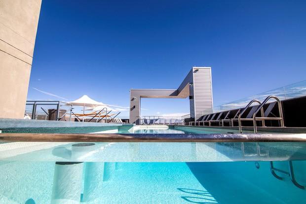 Ký túc xá nước nhà người ta: Xịn như khách sạn 5 sao, có đầy đủ sân thượng, bể bơi, giá thuê lên đến 17 triệu/tháng - Ảnh 4.