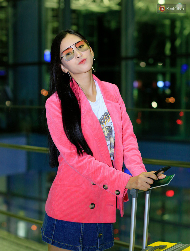 Hoa hậu Tiểu Vy rạng rỡ tại sân bay trước khi lên đường sang Paris dự sự kiện ra mắt ô tô VINFAST - Ảnh 4.
