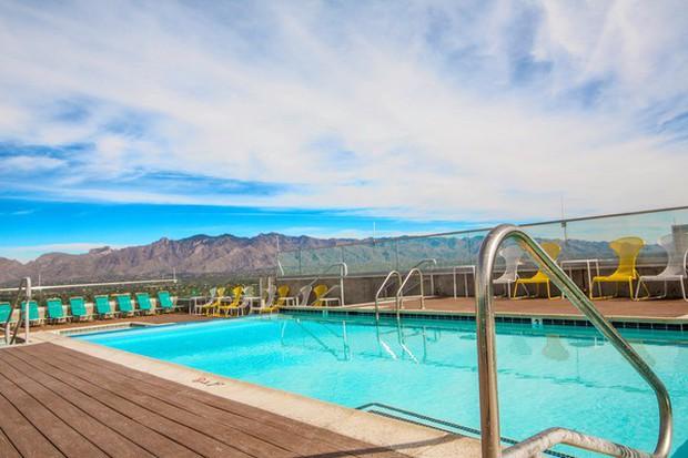 Ký túc xá nước nhà người ta: Xịn như khách sạn 5 sao, có đầy đủ sân thượng, bể bơi, giá thuê lên đến 17 triệu/tháng - Ảnh 7.