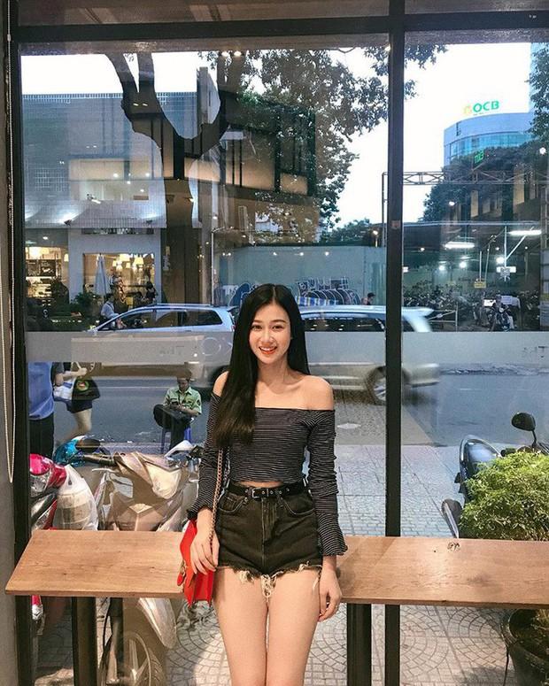Không chịu thua kém Bùi Tiến Dũng, Hà Đức Chinh cũng đã có bạn gái xinh đẹp và nóng bỏng? - Ảnh 13.