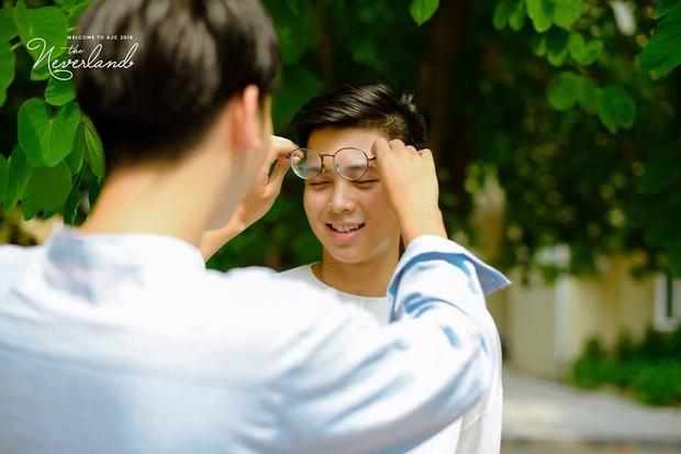 Gửi thanh xuân năm ấy: Bộ ảnh của 2 sinh viên trường Báo khiến dân mạng rung rinh vì quá dễ thương - Ảnh 4.