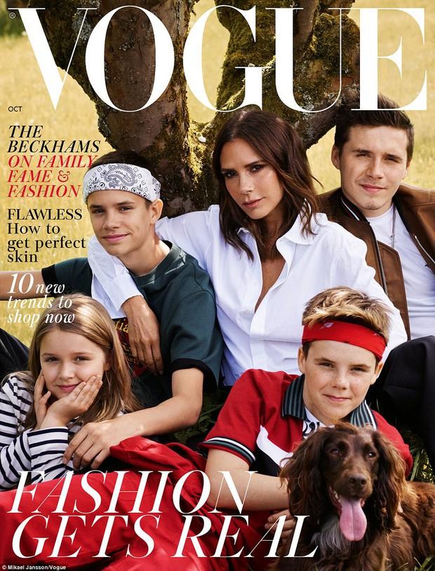 Gia đình Beckham quây quần chụp bộ ảnh đẹp lung linh và chia sẻ về tin đồn rạn nứt tình cảm - Ảnh 2.