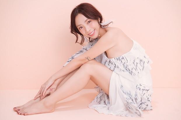 Thập Tam Muội Thu Trang bất ngờ nữ tính, trở thành Hoàng hậu trong phim cung đấu xuyên không - Ảnh 5.