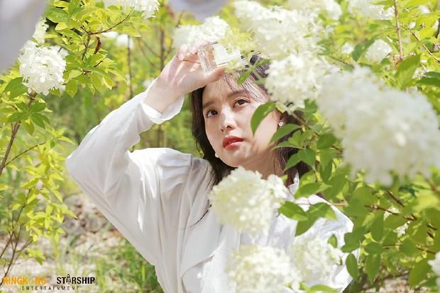 Náo loạn trước bộ ảnh hậu trường của mỹ nhân Hậu duệ mặt trời Kim Ji Won: Khi nhan sắc vượt cả chuẩn nữ thần - Ảnh 3.