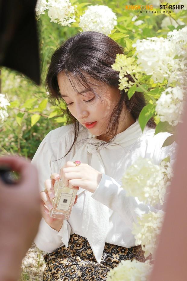 Náo loạn trước bộ ảnh hậu trường của mỹ nhân Hậu duệ mặt trời Kim Ji Won: Khi nhan sắc vượt cả chuẩn nữ thần - Ảnh 8.