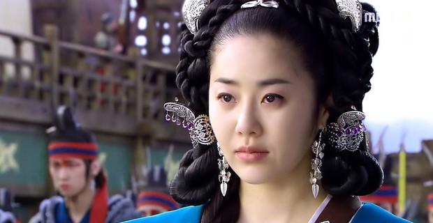 Đâu chỉ Trung Quốc, xứ Hàn cũng có 5 bộ phim cung đấu đã xem là không dứt ra được! - Ảnh 4.