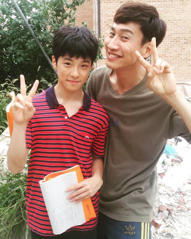 6 cặp diễn viên Hàn và phiên bản nhí trong phim trông khác xa nhau: Sai nhất là cặp số 5 - Ảnh 12.
