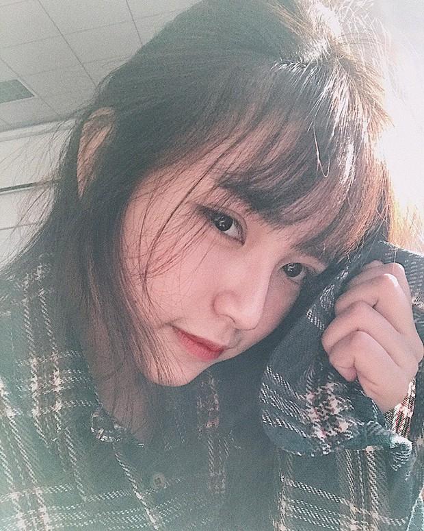 Nữ game thủ Gia Lai sinh năm 1998 sở hữu vẻ đẹp mong manh khả ái - Ảnh 3.