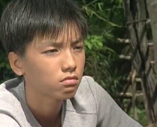 Có thể nói, Ngọc Trai và Hoàng Phi là 2 chàng trai chuyên trị vai phụ vừa lầy vừa duyên nhất màn ảnh Việt - Ảnh 1.