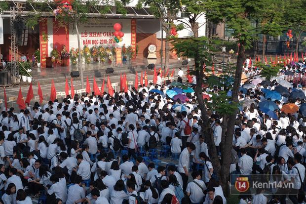 Toàn cảnh lễ khai giảng của 22 triệu học sinh trên toàn quốc - Ảnh 20.
