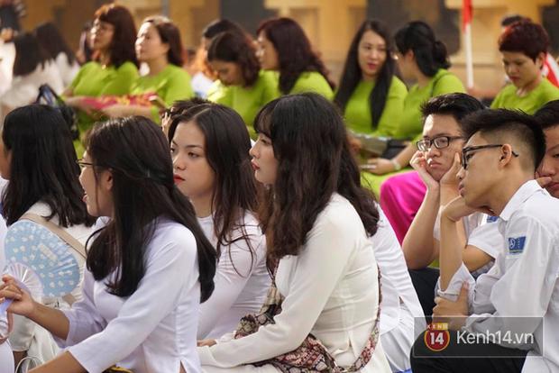 Toàn cảnh lễ khai giảng của 22 triệu học sinh trên toàn quốc - Ảnh 8.