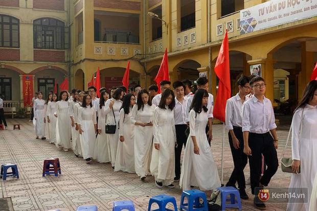Toàn cảnh lễ khai giảng của 22 triệu học sinh trên toàn quốc - Ảnh 12.