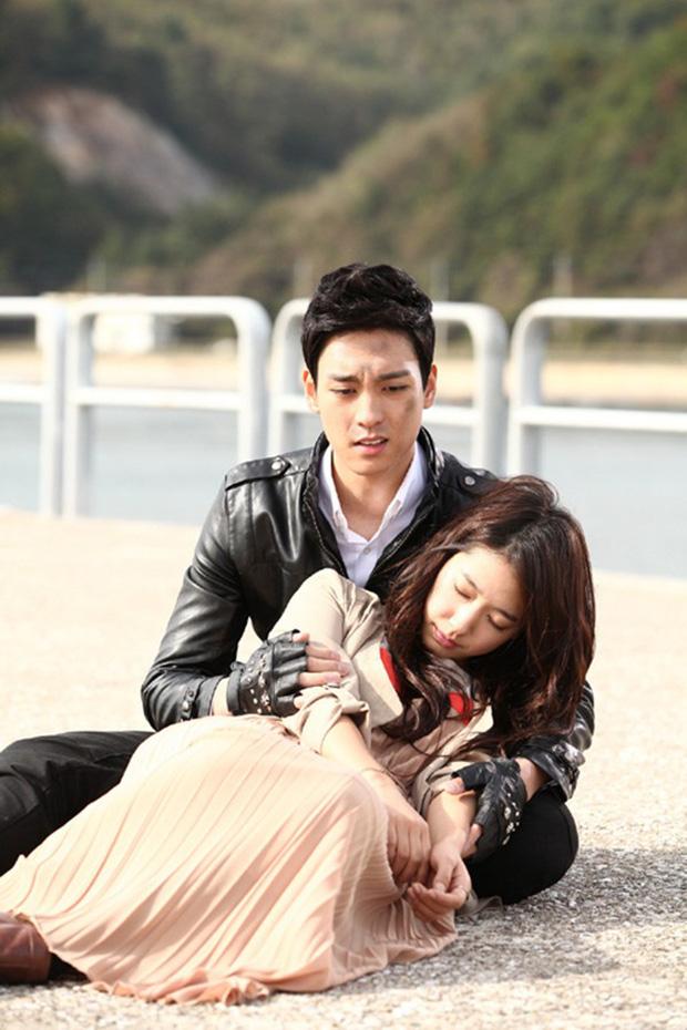 5 cặp đôi màn ảnh Hàn khiến công chúng ngỡ ngàng nhất khi xác nhận hẹn hò - Ảnh 10.