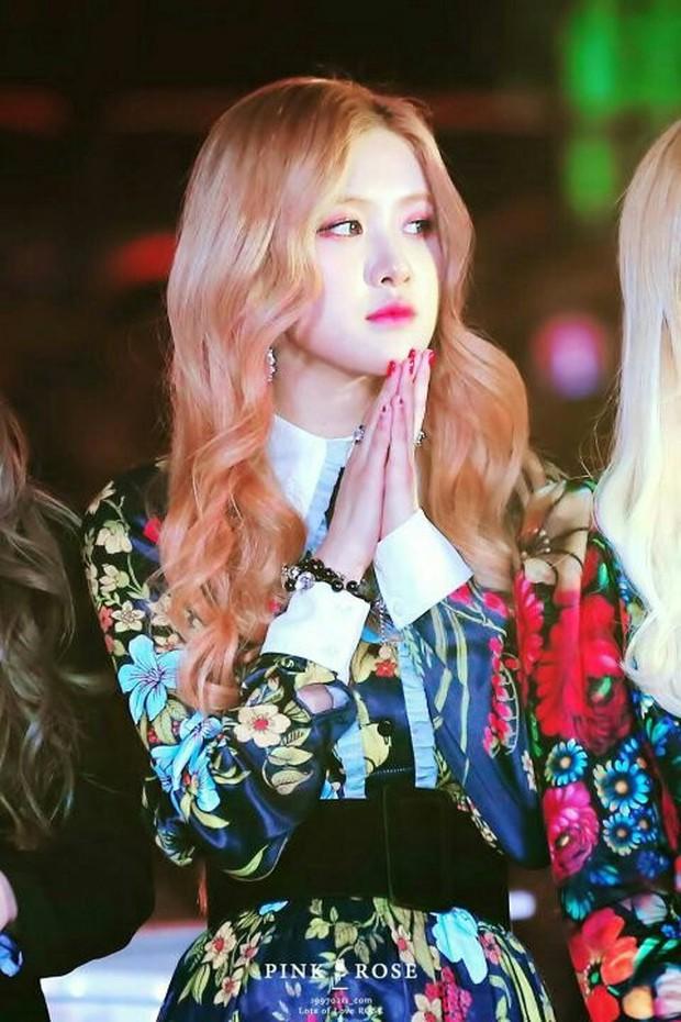 Với vòng eo đẹp siêu thực, mỹ nhân Black Pink này có lẽ sắp soán được ngôi vị body huyền thoại của Naeun - Ảnh 9.