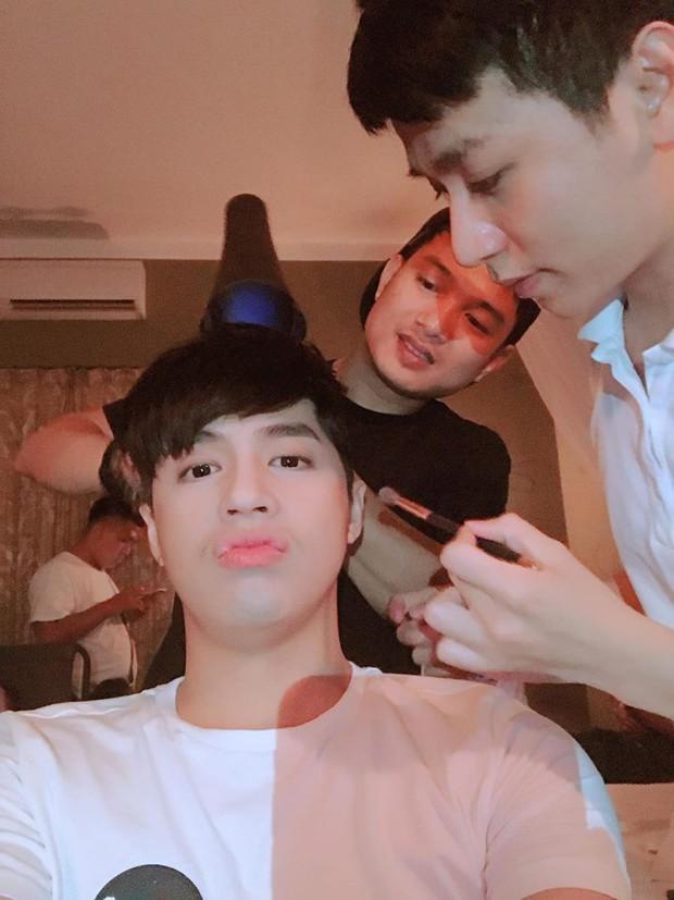 Ai đẹp cứ đẹp, nhưng các sao Việt này vẫn trung thành với sở thích lạ lùng khi tự đăng ảnh dìm hàng bản thân - Ảnh 7.