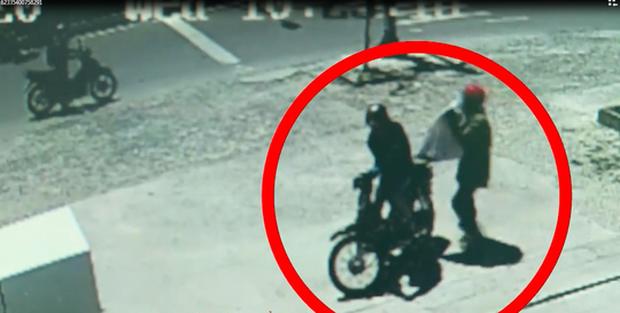 Nhận dạng 2 tên cướp ngân hàng ở Khánh Hòa - Ảnh 1.