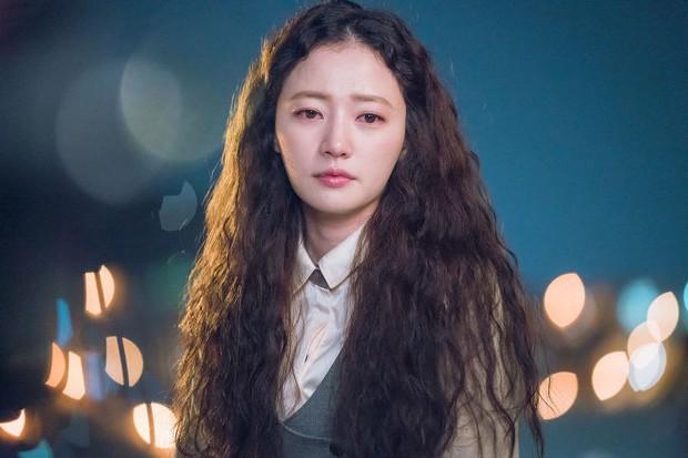 Hậu vai nữ phụ Đời Tôi Hạng Bét, Song Ha Yoon lên đời nhan sắc khiến fan bất ngờ - Ảnh 2.