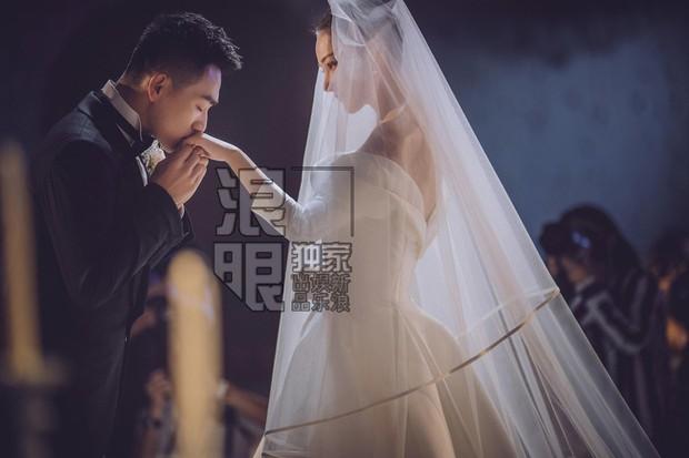 Tiết lộ mối quan hệ mẹ chồng - nàng dâu của Lý Mạc Sầu Trương Hinh Dư sau khi kết hôn với sĩ quan đặc công - Ảnh 1.