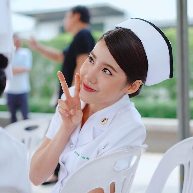 Top mỹ nhân 9X Thái Lan được nhiều người theo đuôi nhất, bất ngờ đứng đầu là người đẹp nhà YG - Ảnh 12.