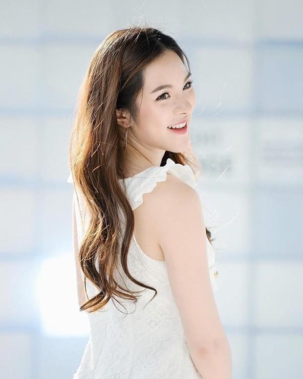 Top mỹ nhân 9X Thái Lan được nhiều người theo đuôi nhất, bất ngờ đứng đầu là người đẹp nhà YG - Ảnh 16.