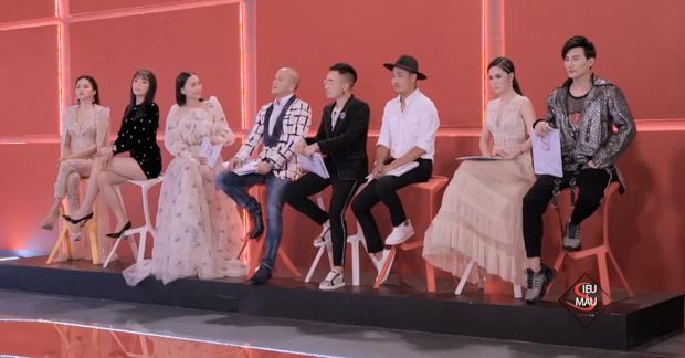 Siêu mẫu Việt Nam: Đây là gương mặt vô cảm của Kỳ Duyên khi Hương Giang lần thứ 3 chiến thắng! - Ảnh 4.