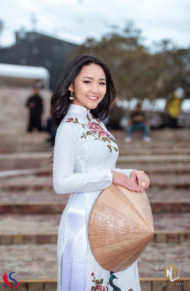 Ngắm dàn thí sinh của cuộc thi Hoa khôi du học sinh tại Úc: Con gái Việt dù ở bất cứ đâu, cứ diện áo dài là xinh! - Ảnh 6.